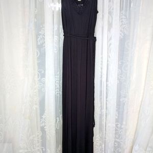 JEANSWEST Black maxi dress with braided detail
